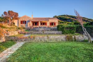 Villa in Agios Stefanos