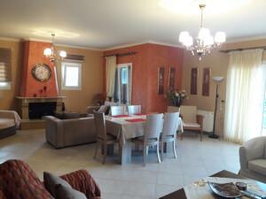 Villa in Dassia